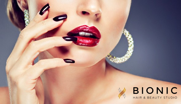 Choose between a Deluxe Manicure, Deluxe Pedicure or a Chemical Foot Peel!