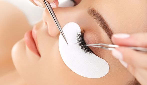 A Full Set of Classic Eyelash Extensions with a Brow Wax at Utopia Beauty Bar, Tierberg Road, Parow!
