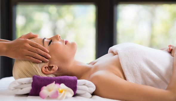 A Luxury Pamper Package at Candi Coated Beauty Bar, Claremont!