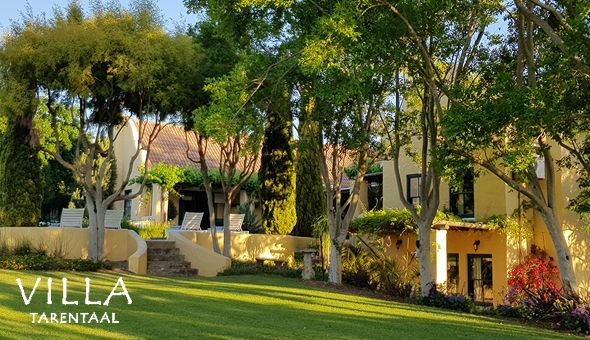 Getaway for 2 People in a Luxury Suite or Self-Catering Country Cottage at Villa Tarentaal, Tulbagh!