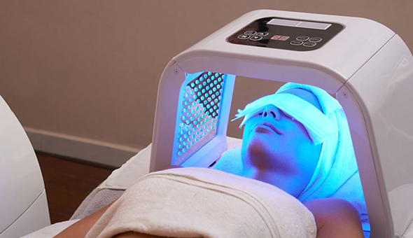 A Galvanic Facial and LED Light Combo at Aesthetics, Tyger Waterfront!
