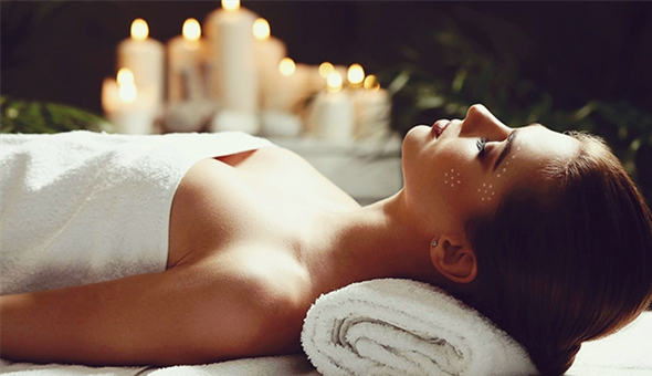 Luxury Full Body Massages with Hot Stones, Essential Oils & Lemon Grass for 2 People at Mangwanani Boutique Spa, The Cullinan!
