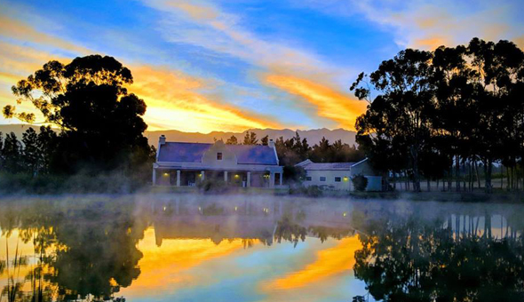 Luxury Getaway for 2 People, including Breakfast and a Romantic Turndown with Petals, Chocolates and a Bottle of Wine at Morgansvlei Country Estate!